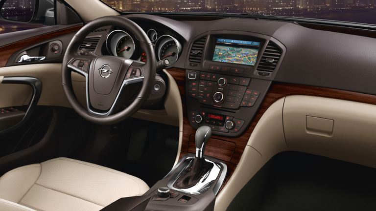 Review masina second hand – Opel Insignia